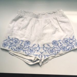 Francesca's White Purple Floral Embroidered Shorts